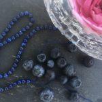 Malatempel, Lapis und Blaubeere, Detail IMG_2825