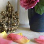 Malatempel, Tara mit Rosenblüten IMG_1558