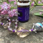 Aroma-Mala aus Amethyst und Rauchquarz mit Röschen